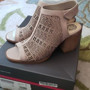 NWT- Vince Camuto booties